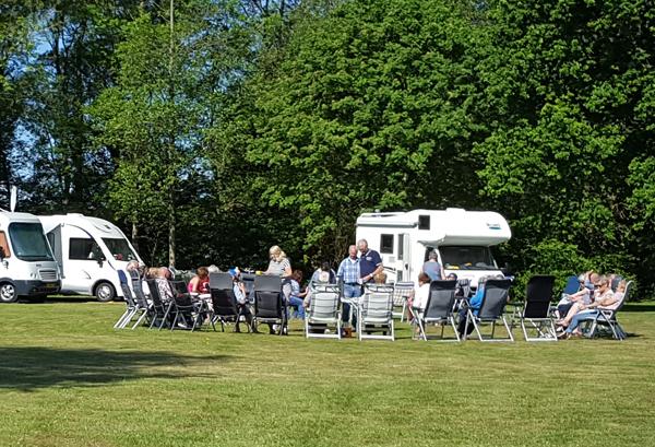 Groepsvakantie in Friesland bij Familiecamping De Kleine Wielen